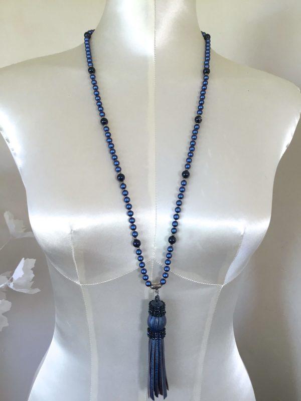 Collier pompon cuir bleu Swarovski