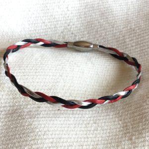 Bracelet cuir 3 rangs tressé rouge noir argent