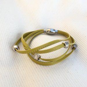 Bracelet cuir 4 rangs jaune moutarde