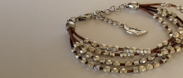 Bijou fantaisie sur mesure, bracelets